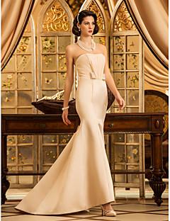 Lanting Bride® בתולת ים \ חצוצרה קטן / מידה גדולה שמלת כלה - קלסי ונצחי / אלגנטי ויוקרתי קו תחתון פשוט / שמלות חתונה צבעוניותשובל סוויפ