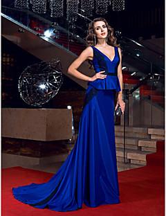 저녁 정장파티 드레스 - 로얄 블루 시스/컬럼 스위프/브러쉬 트레인 V넥 엘라스틱 우븐 사틴 플러스 사이즈