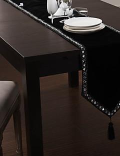 """Black Velvet Table Runner med Diamond Chain, 80 """"× 12"""""""