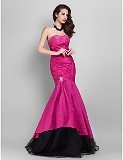 Prom/Military Ball/Formal Evening Dress - Fuchsia Plus Sizes Trumpet/Mermaid Strapless/Sweetheart Floor-length Tulle/Taffeta