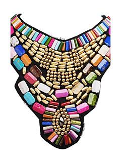 女性用 ステートメントネックレス ビブネックレス ジュエリー 樹脂 合金 ファッション 多色 イベント/ホリデー ゴールド ジュエリー のために パーティー 誕生日 1個
