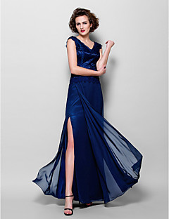 Sheath/Column Plus Sizes Mother of the Bride Dress - Dark Navy Floor-length Sleeveless Chiffon/Lace