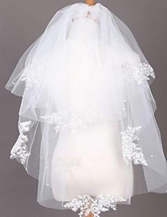 Mehrschicht-elegante Braut Hochzeitsschleier