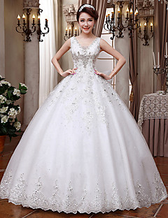 Ball Gown Wedding Dress - Classic & Timeless / Elegant & Luxurious / Glamorous & Dramatic Floor-length V-neck Lace with