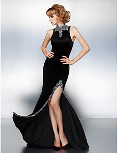 TS Couture Prom / Formal Evening Dress - Black Plus Sizes / Petite Sheath/Column High Neck Court Train Velvet
