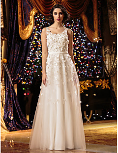 Lanting Bride® A-line Petite / Plus Sizes Wedding Dress - Chic & Modern Floor-length Scoop Tulle with Embroidered / Flower
