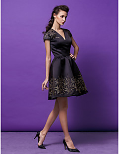 Homecoming Cocktail Party Dress - Black/Watermelon A-line/Princess V-neck Short/Mini Satin