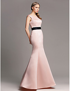 Lanting Bride® Floor-length Satin Bridesmaid Dress - Trumpet / Mermaid Off-the-shoulder Plus Size / Petite with Sash / Ribbon