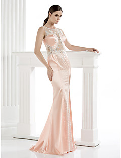 TS Couture® Formal Evening Dress Plus Size / Petite Sheath / Column Scoop Floor-length Satin with Appliques