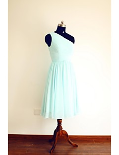 Knee-length Chiffon Bridesmaid Dress A-line One Shoulder with Side Draping