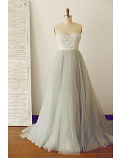 포멀 이브닝 드레스 A-라인 끈없는 스타일 스윕 / 브러쉬 트레인 레이스 / 튤 와 레이스