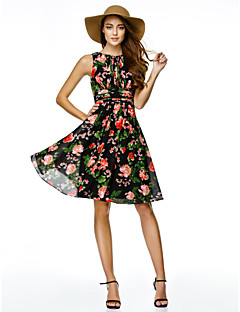 Cocktail Party Dress A-line Jewel Knee-length Chiffon with Pattern / Print