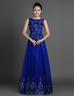 Formal Evening Dress Sheath / Column Jewel Floor-length Tulle with Appliques / Beading / Crystal Detailing / Sequins