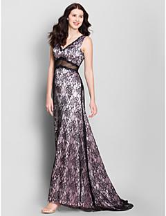 LAN TING BRIDE Sweep / Brush Train V-neck Bridesmaid Dress - Sexy Sleeveless Lace