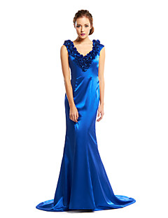 TS Couture® Formal Evening Dress - Royal Blue Trumpet/Mermaid V-neck Court Train Charmeuse
