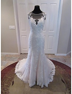 Trumpet/Mermaid Wedding Dress-Ivory Court Train V-neck Lace / Tulle