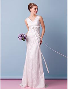 Lanting Trumpet/Mermaid Wedding Dress - Ivory Sweep/Brush Train V-neck Lace