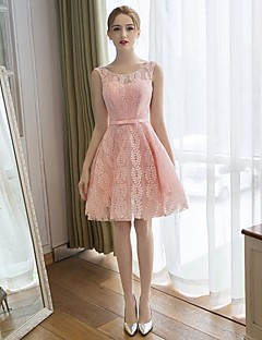 Cocktail Party Dress A-line Scoop Knee-length Lace / Satin with Lace