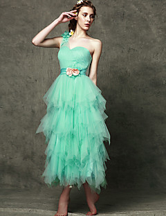 Tea-length Tulle Bridesmaid Dress A-line One Shoulder with Flower(s)