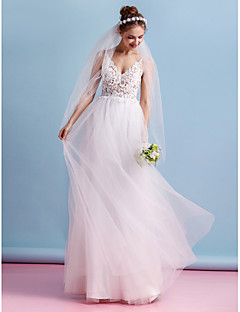 Lanting Bride® A-line Wedding Dress Floor-length Spaghetti Straps Lace / Tulle with Lace