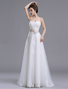 A-line Wedding Dress Floor-length Sweetheart Lace / Tulle with Bow