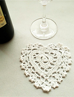 30pcs/lot Vintage Heart Shaped Placemats Love Hand Crocheted Cotton Wedding Doilies Pads