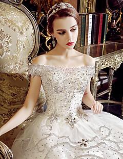 גזרת A שמלת חתונה ברק ונצנצים עד הריצפה מתחת לכתפיים טול עם אפליקציות קריסטל קפלים