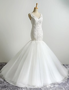 핏 & 플레어 웨딩 드레스 스윕 / 브러쉬 트레인 V-넥 튤 와 아플리케 / 비즈