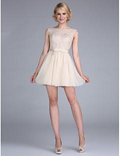 TS Couture 칵테일 파티 프롬 드레스 - 짧은 A-라인 보트넥 숏 / 미니 튤 와 아플리케 비즈 허리끈/리본