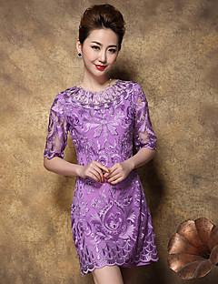 Damen Hülle Kleid-Ausgehen Chinoiserie Stickerei Rundhalsausschnitt Übers Knie ½ Länge Ärmel Rot / Beige / Lila PolyesterFrühling /