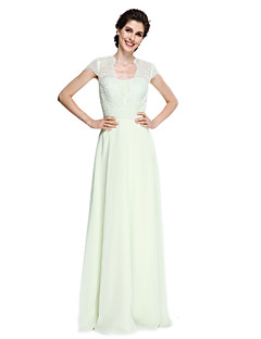 2017 Lanting Bride® A-line Mother of the Bride Dress Floor-length Short Sleeve Chiffon / Lace with Lace / Sash