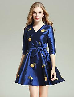 Damen Hülle Kleid-Lässig/Alltäglich Einfach Stickerei V-Ausschnitt Übers Knie Langarm Blau Polyester Herbst / Winter Hohe Hüfthöhe