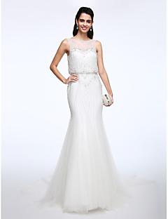 Lanting Bride® Trumpet / Mermaid Wedding Dress Court Train Bateau Lace / Tulle with Beading