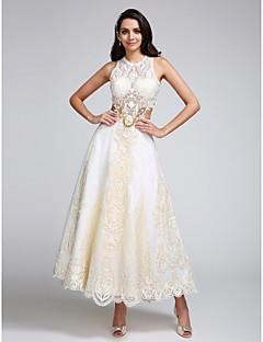 A-Şekilli Taşlı Yaka Bilek Boyu Dantelalar Saten Düğün elbisesi ile Aplik Dantel tarafından LAN TING BRIDE®