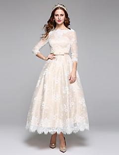Lanting Bride® גזרת A שמלת כלה  קו תחתון פשוט באורך הקרסול סירה תחרה סאטן עם תחרה סרט