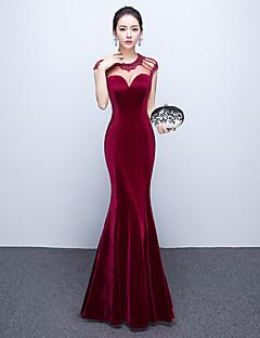 שמלת ערב רשמית חצוצרה / בתולת ים תכשיט קומה אורך קטיפה עם חרוז