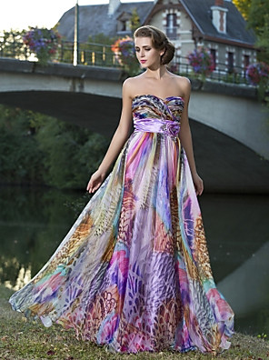 TS Couture® Prom / Formal Evening Dress - Floral Plus Size / Petite Sheath / Column Strapless / Sweetheart Floor-length Chiffon with Flower