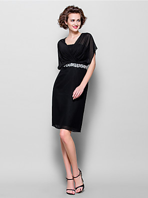 Sheath / Column Plus Size / Petite Mother of the Bride Dress Knee-length Short Sleeve Chiffon with Beading / Crystal Detailing