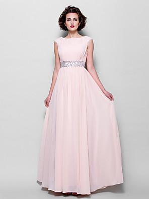 A-linje Plusstørrelse / Petite Kjole til brudens mor Gulvlang Kortærmet Chiffon - Perler / Drapering / Bælte / bånd