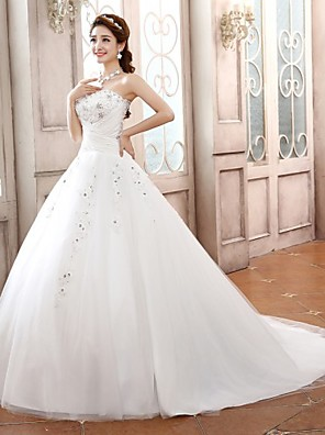 Ball Gown Petite Wedding Dress Sweep / Brush Train / Court Train Sweetheart Satin / Tulle with Appliques / Beading