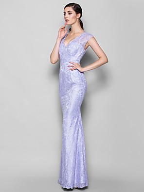 Lanting Bride® עד הריצפה תחרה שמלה לשושבינה - מעטפת \ עמוד צווארון וי פלאס סייז (מידה גדולה) / פטיט עם תחרה