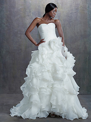 A-line Petite Wedding Dress Chapel Train Sweetheart Organza with