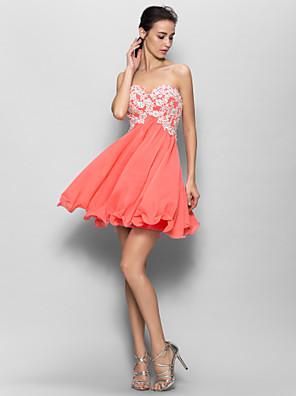 Lanting Bride® קצר \ מיני שיפון שמלה לשושבינה - גזרת A מחשוף לב עם אפליקציות