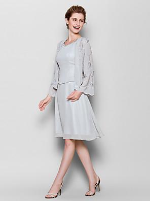 Lanting Bride® Tubinho Tamanhos Grandes / Mignon Vestido Para Mãe dos Noivos Até os Joelhos Manga Longa Chiffon - Estampa