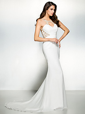 TS Couture® Formal Evening / Black Tie Gala Dress Trumpet / Mermaid Scoop Court Train Chiffon with Beading