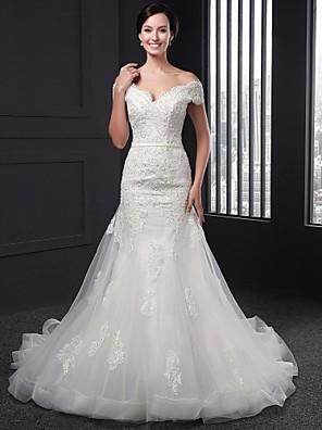 시스 / 칼럼 웨딩 드레스 채플 트레인 V-넥 레이스 와 아플리케