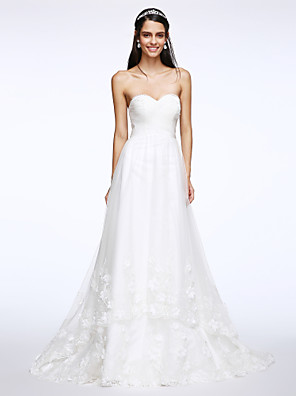 2017 Lanting Bride® A-line Wedding Dress Sweep / Brush Train Sweetheart Tulle with Criss-Cross / Appliques