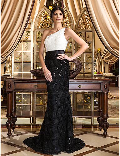 Vestidos de festa de renda de Catherine Zeta-Jones