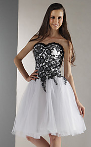 Cocktail Party / Prom / Graduation / Holiday / Sweet 16 Dress - White Plus Sizes / Petite Ball Gown Strapless / Sweetheart Knee-length