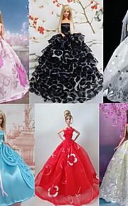 Prinsesse Kjoler Til Barbie Doll Ensfarget / Blonder Kjoler